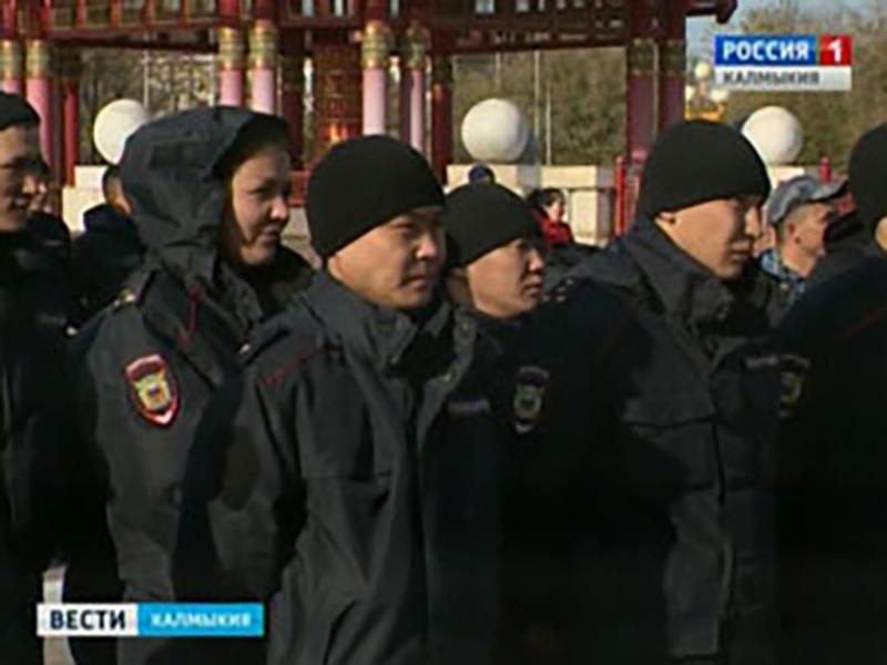 Калмыцкие полицейские продемонстрировали спортивную подготовку