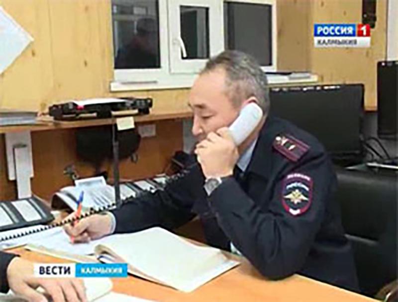Безопасность во время новогодних праздников в Калмыкии обеспечивали более тысячи полицейских