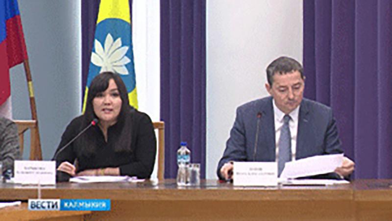 Игорь Зотов провел встречу с представителями общественных организаций республики