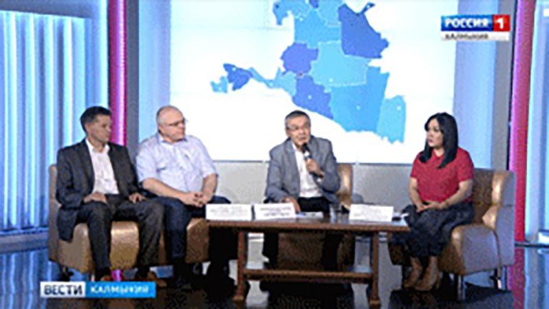 Алексей Орлов встретился с лидерами общественных объединений Республики Калмыкия