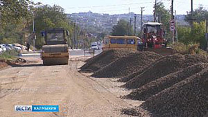 В степной столице продолжается масштабный ремонт дорог