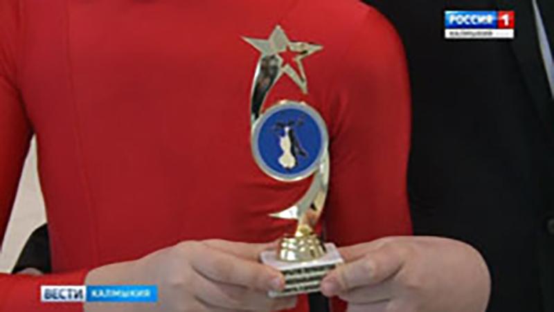 В Элисте состоялся открытый чемпионат Калмыкии по спортивным танцам
