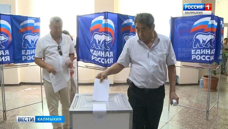 Бату Хасиков выдвинут кандидатом на выборах главы Калмыкии