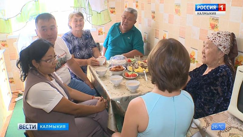 Лучшая многодетная семья страны проживает в поселке Чкаловский