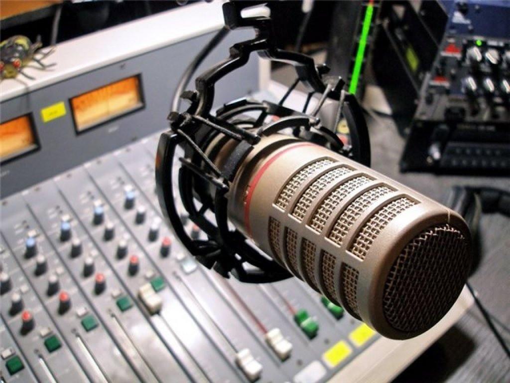 В прямом эфире Радио России-Калмыкия интерактивная программа «Здесь и сейчас»