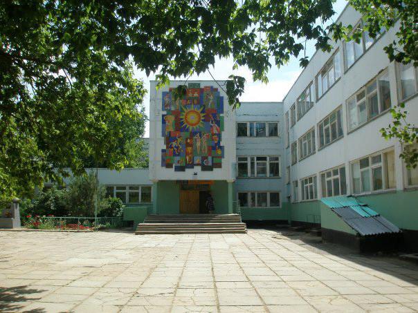 В школах республики введен комплекс ограничительных мер