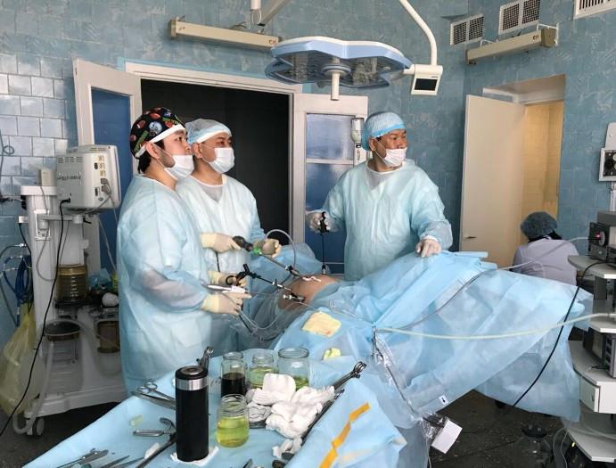 Калмыцкие онкохирурги перенимают опыт ведущих врачей страны