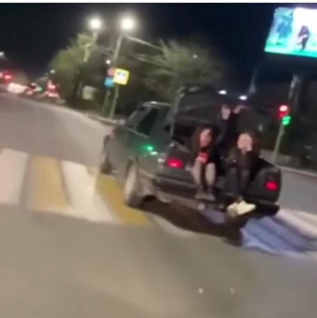 18-летний элистинец, катавший девушек на багажнике, привлечен к ответственности