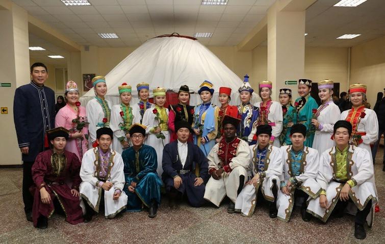Студенты Калмыцкого государственного университета запустили новый флешмоб