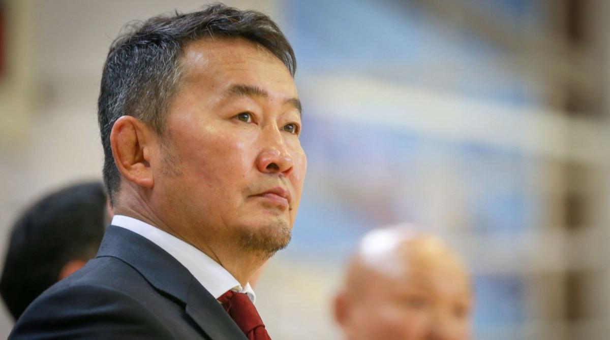 Бату Хасиков поздравил президента Монголии с 75-летием Победы