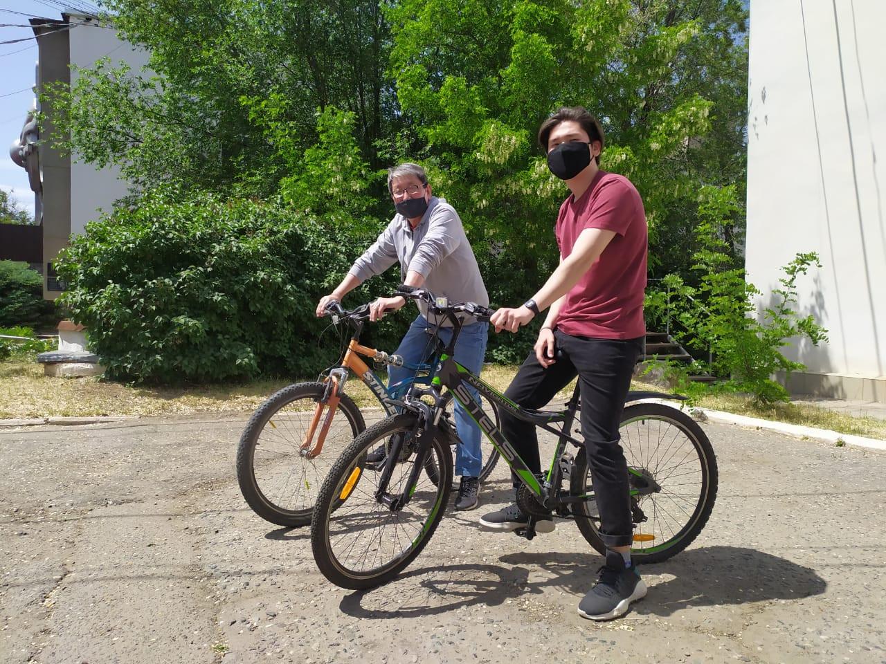 Сотрудники ГТРК «Калмыкия» присоединились к Всероссийской акции «На работу на велосипеде»