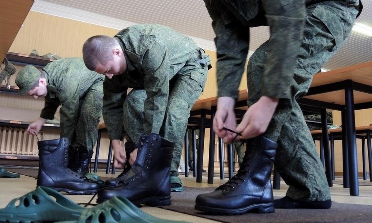 Выпускников школ Калмыкии в этом году не заберут в армию