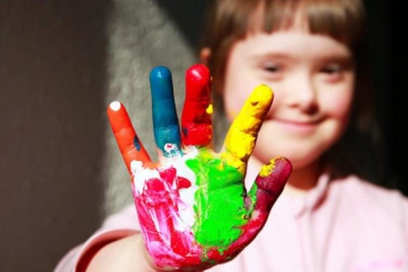 Предствители общественности поздравили детей Калмыкии