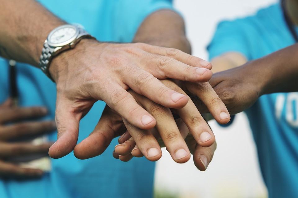 Представители калмыцкой диаспоры со всего мира оказывают помощь медикам малой родины
