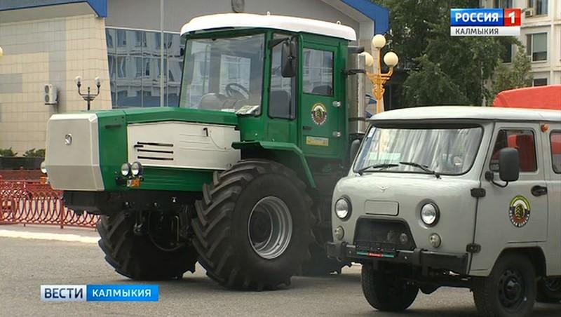 Продолжается обновление автопарка Калмыцкого лесного хозяйства