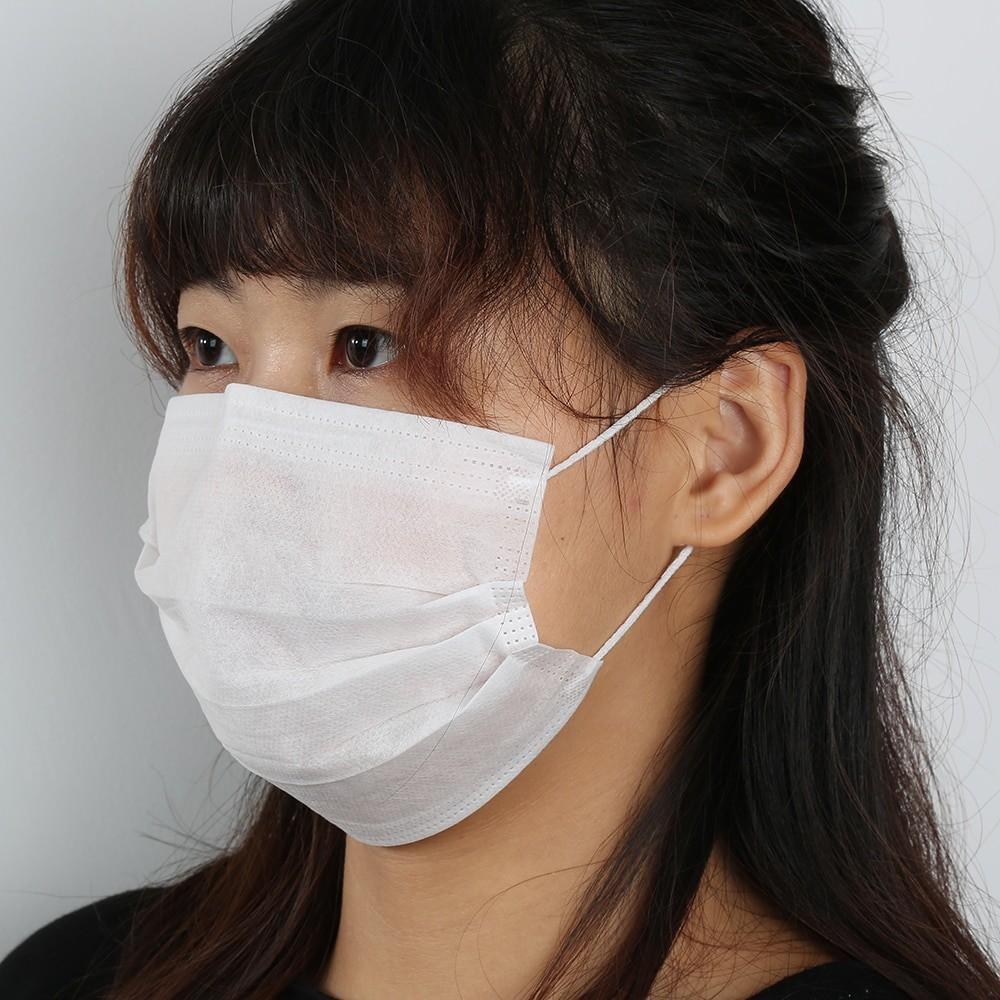 Защитные маски в аптеках республики дешевеют
