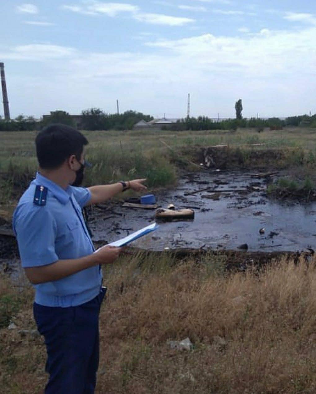 Возбуждено уголовное дело по факту разлива нефтепродуктов в Элисте