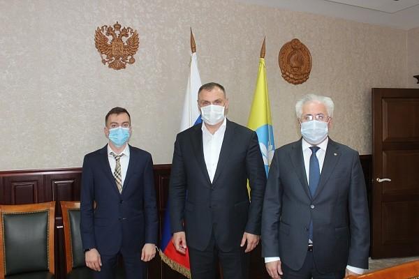 Юрий Зайцев провел встречу с главой Российского экологического общества