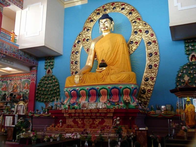 Сегодня в утренней программе «Орюни гарц» очередная передача из цикла «Бурхна ном-ухани зеер» - «Учение Будды - богатство ума»