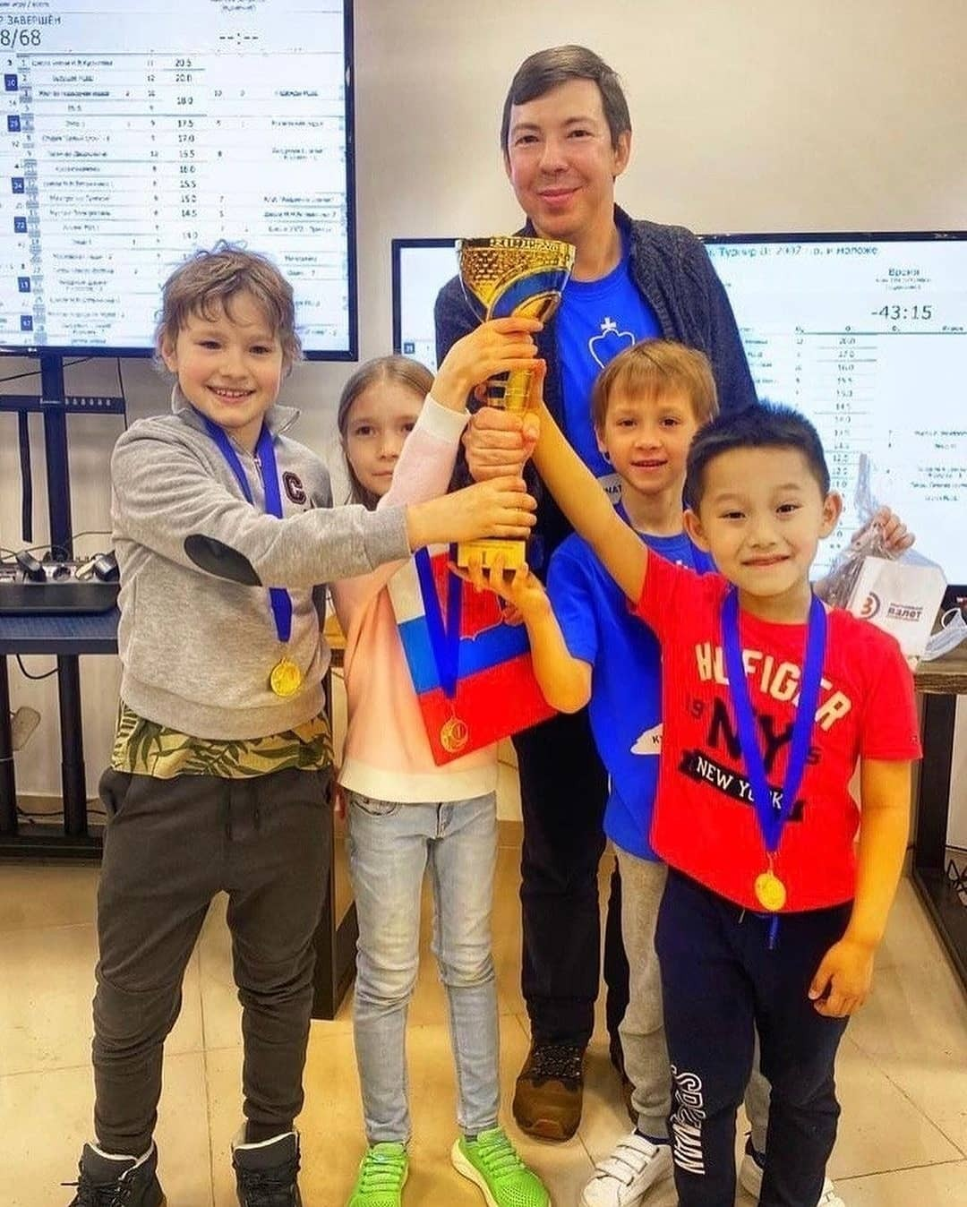 Юный шахматист Роман Шогджиев в числе лучших спортсменов страны