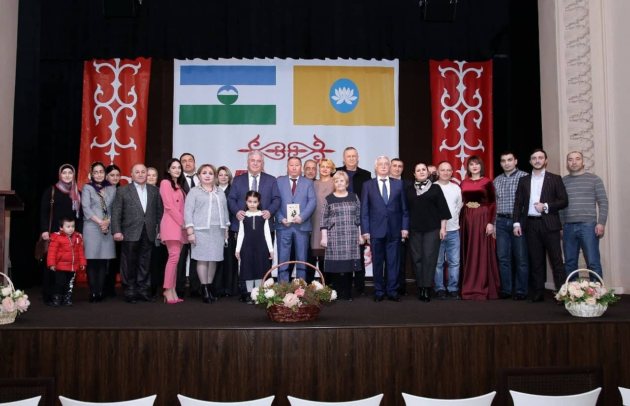 Вечер поэзии двух братских народов прошел в Кабардинском государственном драмтеатре