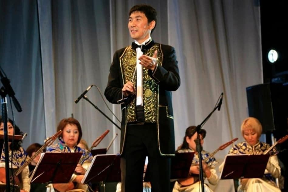 Национальный оркестр Калмыкии готовит музыкальный подарок к Цаган Сар