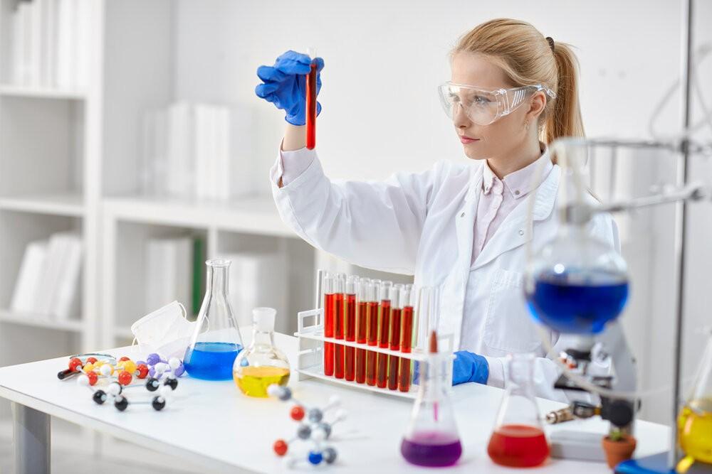 Сегодня, в рамках республиканского этапа Всероссийской олимпиады школьников, свои знания будут вновь проверять юные любители химии
