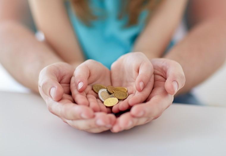 Как получить выплаты на детей в возрасте от 3 до 7 лет?