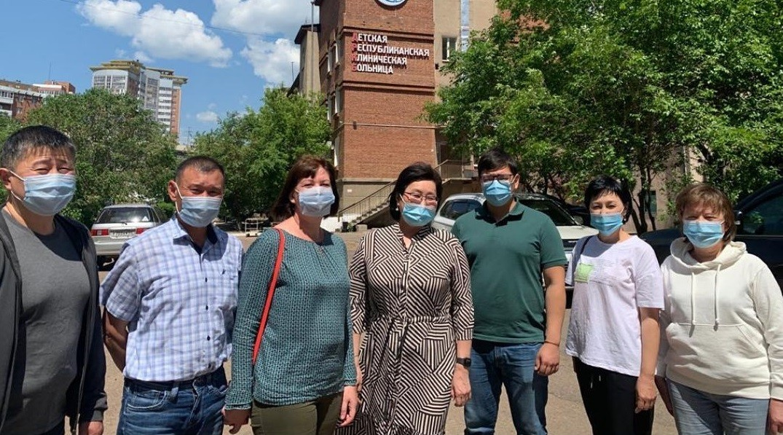 Делегация медработников вернулась в Калмыкию из Бурятии