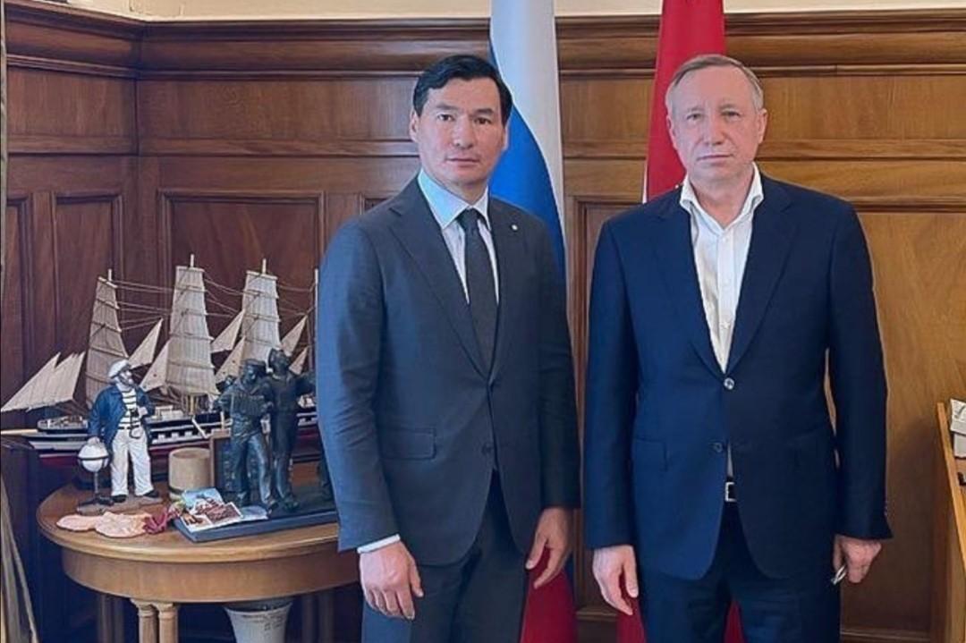 Взаимодействие Калмыкии и северной столицы России выйдет на новый уровень