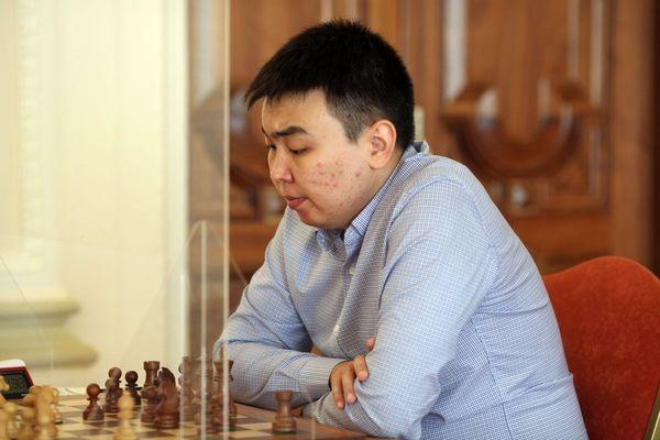 Санан Сюгиров. Фото: В. Барский