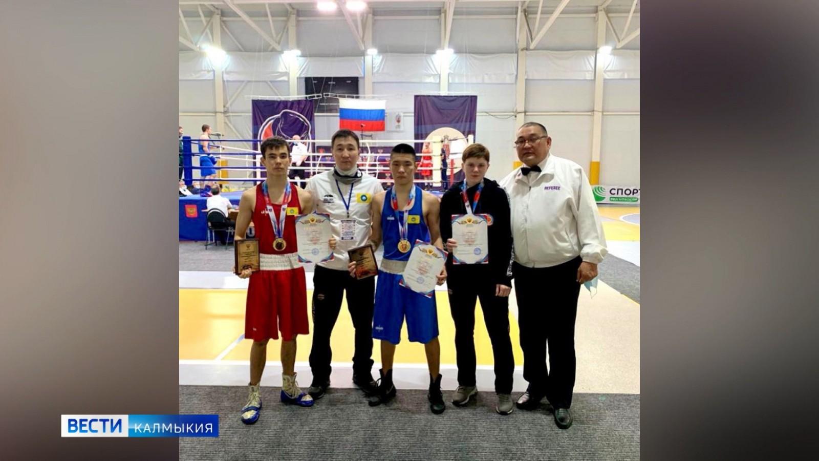 Калмыцкие боксеры вновь стали триумфаторами соревнований
