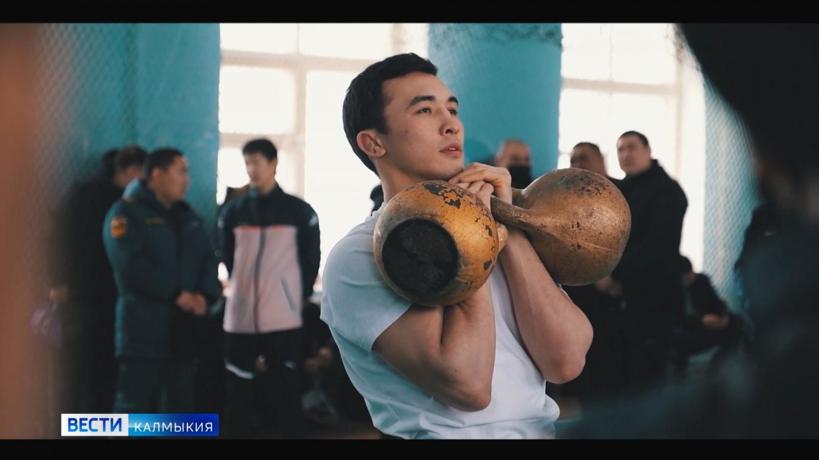 Пожарный из Калмыкии стал победителем Всероссийского турнира «Битва в Черкесске»